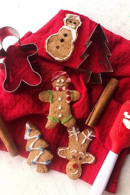 Soft Gingerbread Men (Gluten Free, Vegan)