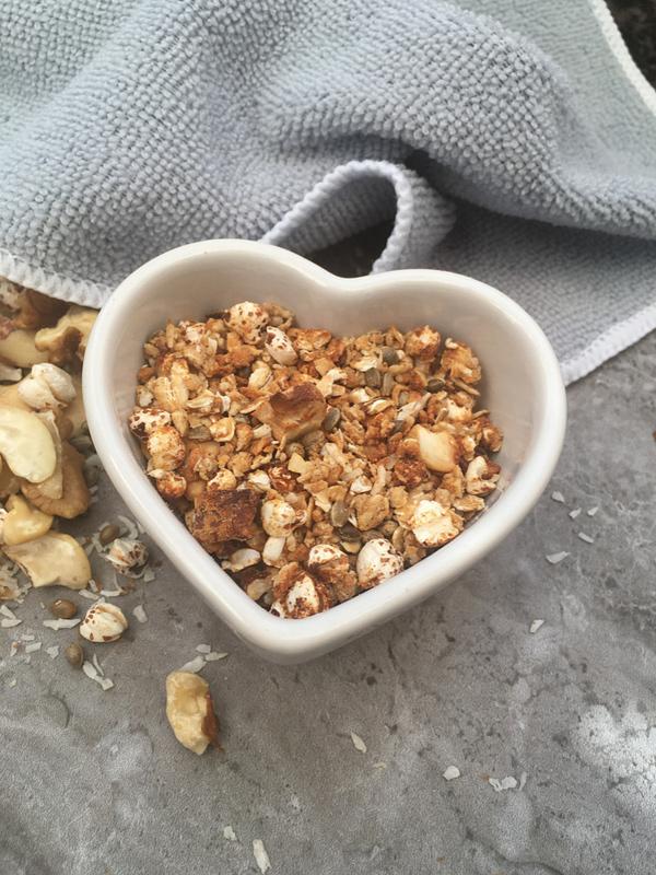Vegan high fibre nut and seed granola (GF, OF & Low GI)