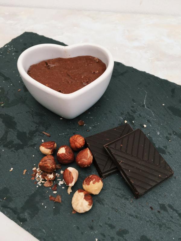 Healthy 4 ingredient Nutella