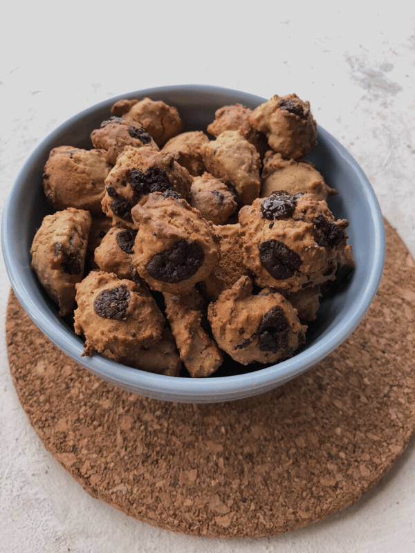 bowl of cookie crisp cereal